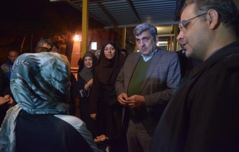 بازدید شبانه شهردار تهران از گرمخانه های مناطق 21 و 22